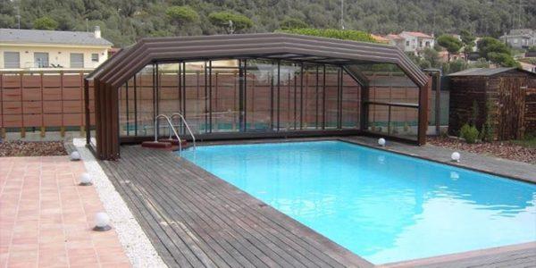 Comment manipuler mon abri de piscine?