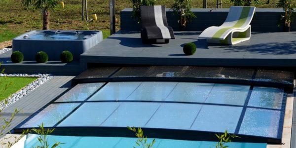 Comment allier design et sécurité avec mon abri piscine ?