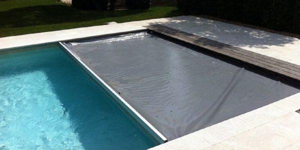 Quelle bâche pour une piscine hors-sol ?