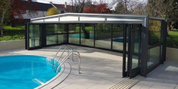 Abri de piscine coulissant : les avantages