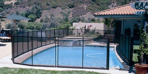 Quels équipements choisir pour sécuriser sa piscine ?