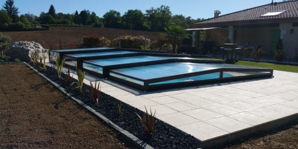 Abris de piscine hauts : un standing à nul autre pareil !