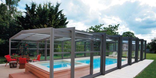 Les abris de piscine hauts : les meilleurs tout simplement !
