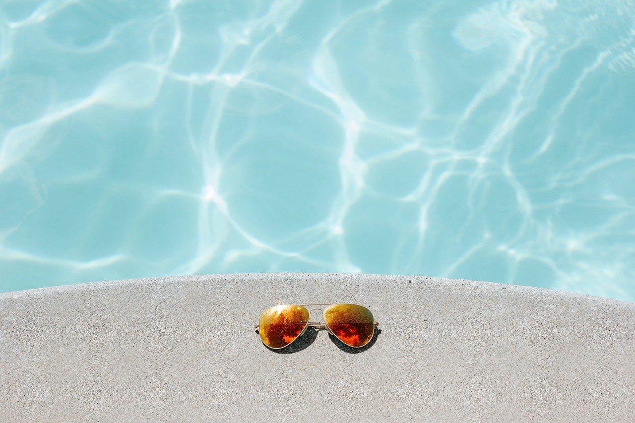 destockage abris de piscine
